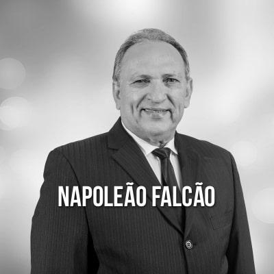Pr. Napoleão Falcão
